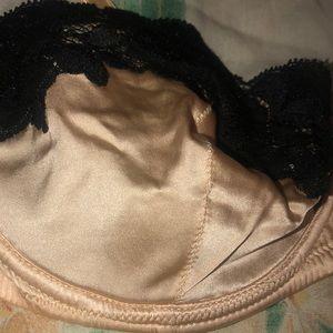 Dolce & Gabbana Intimates & Sleepwear - Dolce&Gabanna bra size 46 silk lace limited new
